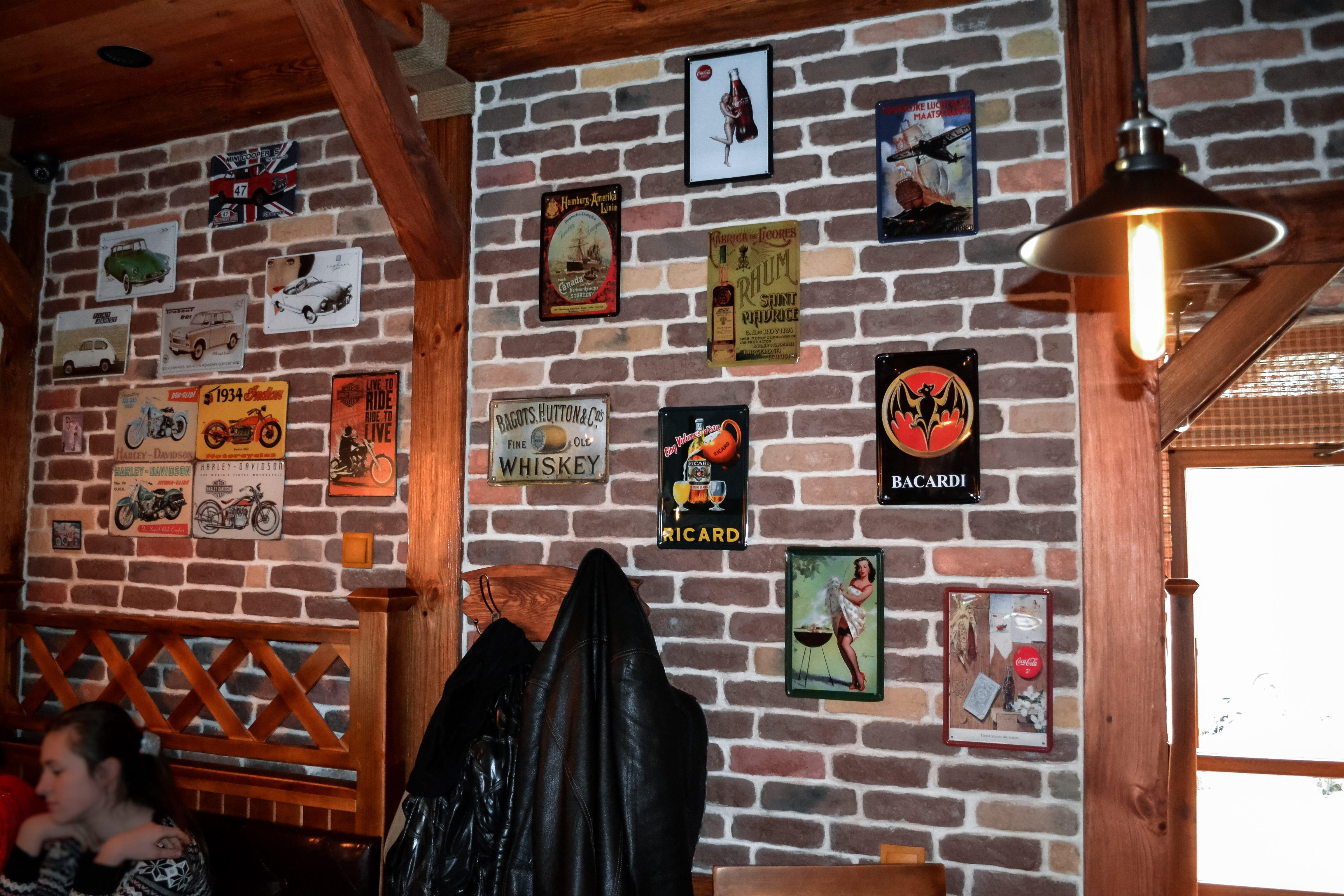 Кирпичная стена - обязательный элемент лофта