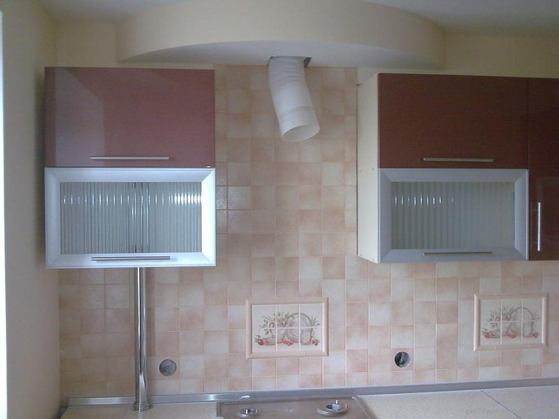 Как спрятать газовую трубу на кухне – различные способы ...: http://trastroom.ru/kuhnya/remont-otdelka/kak-spryatat-gazovuyu-trubu-na-kuhne.html