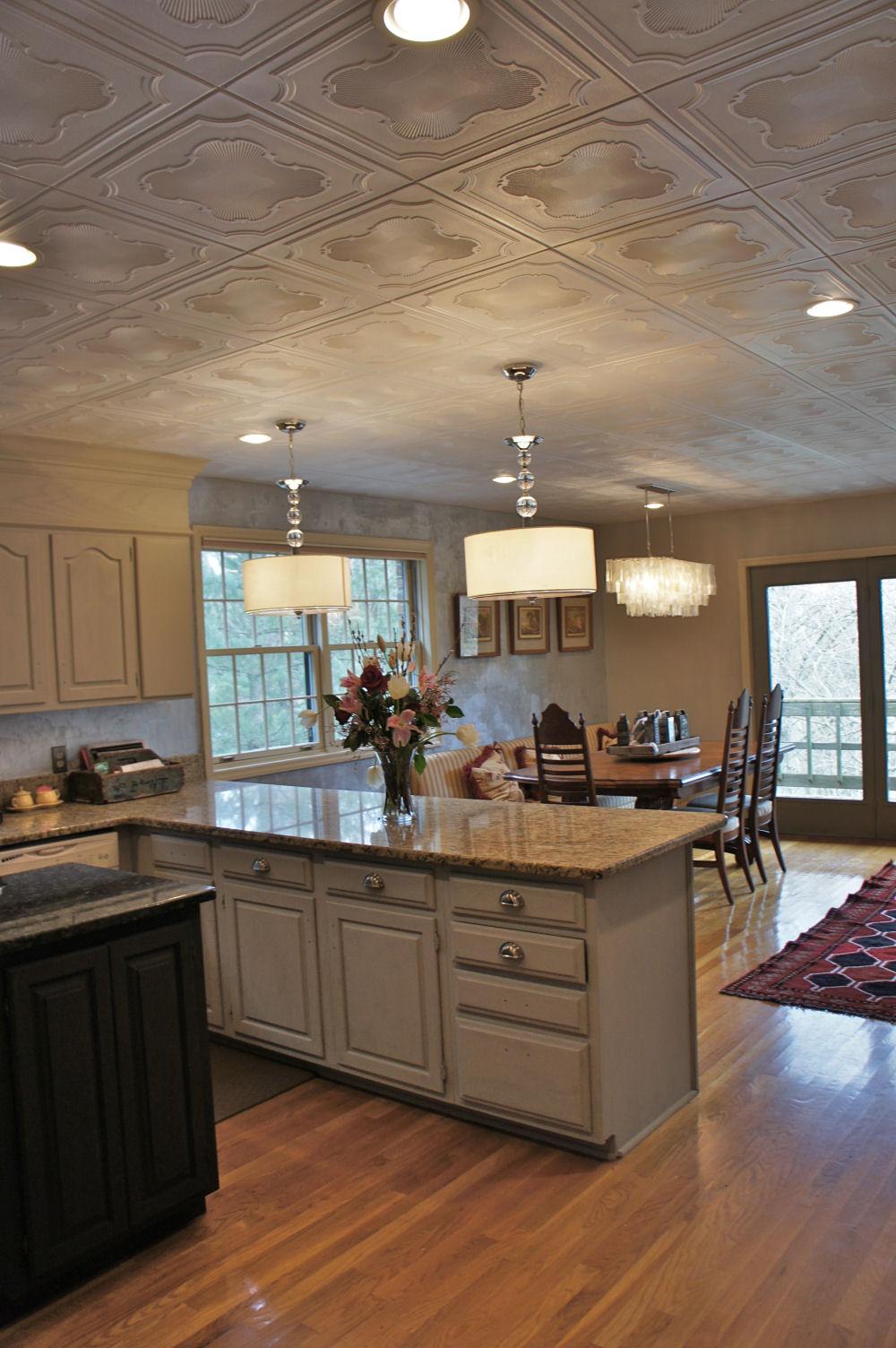 подпортил чем покрывать потолок в кухне фото квартире можно использовать