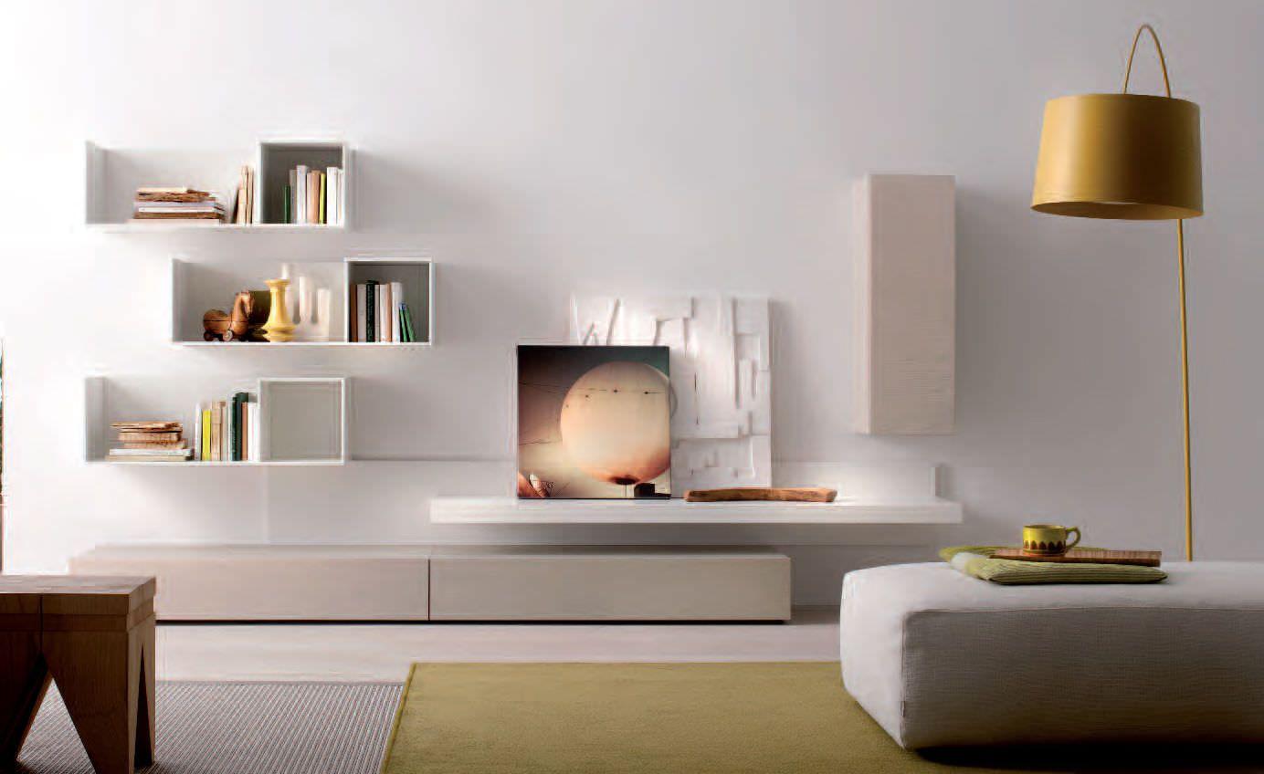 Белоснежная мебель и правильные акценты в гостиной фото