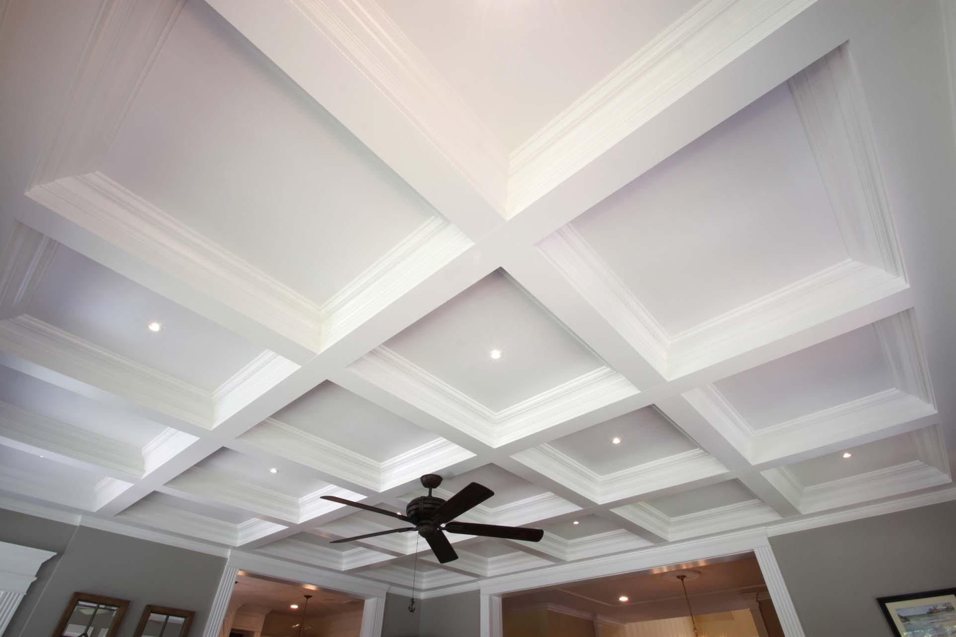 Более современный вариант кессонного потолка