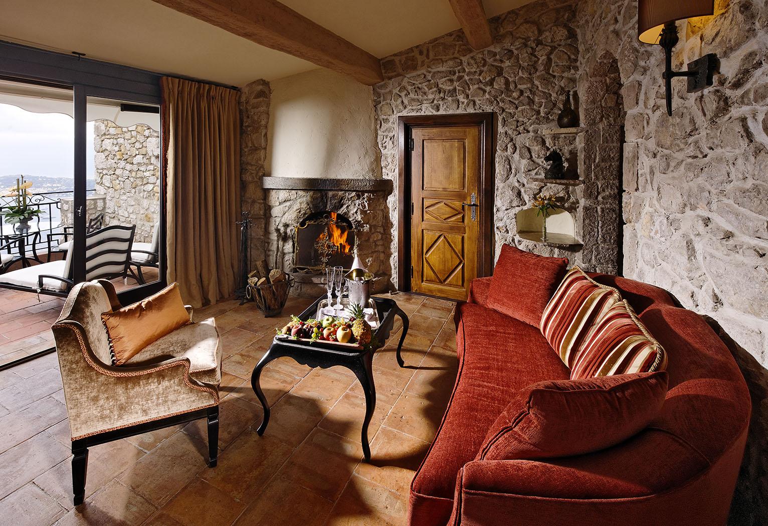 Гостиная в средневековом стиле
