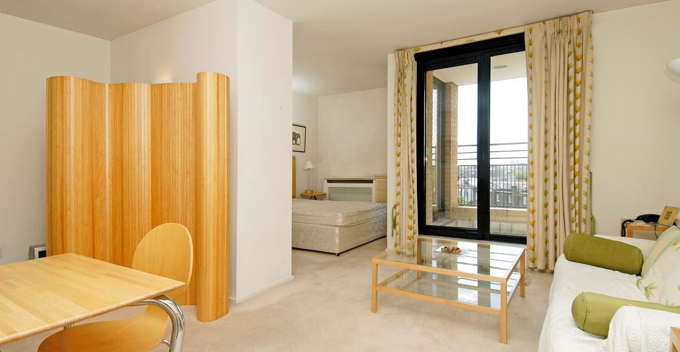 Зонирование пространства - удачное решение для небольшой квартиры-студии