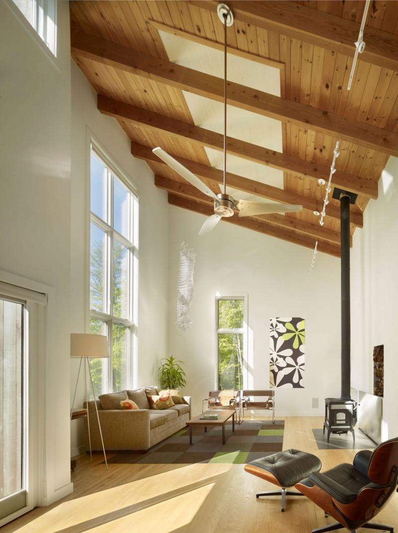 Скошенные потолки - на пике моды