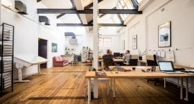 Офис в стиле лофт фото