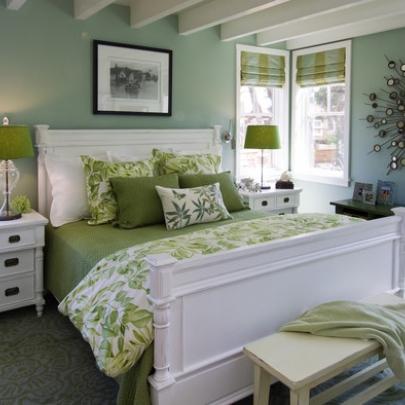 фото зеленой спальни