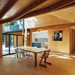 Отделка потолка в частном доме