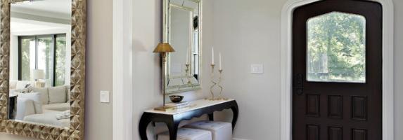 Зеркало в интерьере прихожей фото