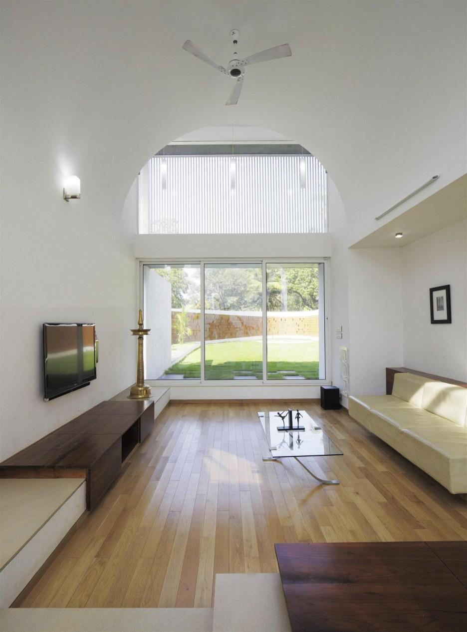Потолок в форме арки